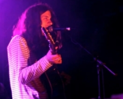 Kurt Vile & The Violators, Akron/Family live in Berlin
